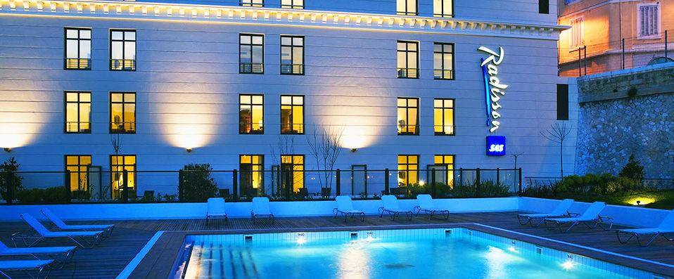 Radisson blu h tel marseille vieux port verychic - Radisson blu hotel marseille vieux port ...